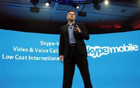 Skype Chief Executive Tony Bates speaks at the Verizon press conference on the opening day of the Consumer Electronics Show (CES) in Las Vegas January 6, 2011. REUTERS/Rick Wilking