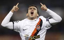 <p>O brasileiro Jádson comemora gol do Shakhtar Donetsk contra a Roma. REUTERS/Giampiero Sposito</p>