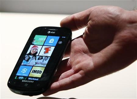 The new Windows Phone 7 is seen at the Windows Phone 7 launch press conference in New York, October 11, 2010. REUTERS/Jessica Rinaldi