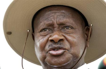 Uganda's President Yoweri Museveni talks to the media after casting his ballot at a polling centre in Kaaro High School in Rushere, Kiruhura district, about 300 km (186 miles) west of the capital Kampala, February 18, 2011. REUTERS/Thomas Mukoya