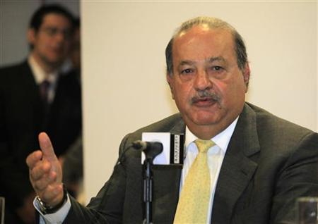 Mexican billionaire Carlos Slim speaks during a news conference in Mexico City July 15, 2010. REUTERS/Eliana Aponte