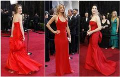 <p>Atrizes Anne Hathaway, Jennifer Lawrence e Sandra Bullock passam pelo tapete vermelho do Oscar em Hollywood. 27/02/2011 REUTERS</p>