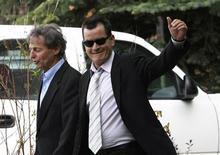 <p>O ator Charlie Sheen afirmou que está sem emprego, que tem família para sustentar e exigiu aumento salarial. 07/07/2010 REUTERS/Rick Wilking</p>