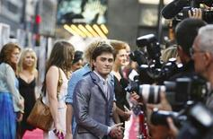 "<p>Actor Daniel Radcliffe arrives for the premiere of ""Harry Potter and the Half-Blood Prince"" in New York, July 9, 2009. REUTERS/Lucas Jackson</p>"