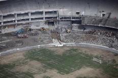 <p>Vista aérea do Maracanã, que está em obras para a Copa do Mundo de 2014. 03/02/2011 REUTERS/Ricardo Moraes</p>
