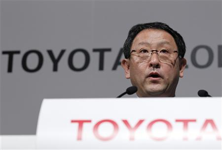 Toyota Motor Corp President Akio Toyoda speaks during a news conference to brief the company's strategy looking to 2020, in Tokyo March 9, 2011. REUTERS/Kim Kyung-Hoon
