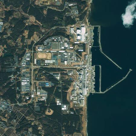 This GeoEye's IKONOS satellite image was taken over the Fukushima Daiichi nuclear power plant in Japan at 10:19 am (Tokyo time) on March 17, 2011 and released to Reuters on March 17. REUTERS/GeoEye Satellite