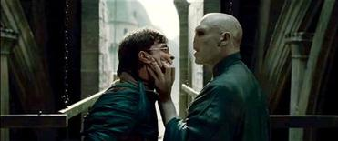 "<p>Daniel Radcliffe as Harry Potter and Ralph Fiennes as Lord Voldemort in a scene from ""Harry Potter and the Deathly Hallows - Part 2"". REUTERS/Warner Bros. Pictures</p>"
