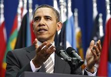"""<p>Президент США Барак Обама выступает в Сантьяго 21 марта 2011 года. Президент США Барак Обама в понедельник предложил Латинской Америке начать """"новую эру партнерства"""", призвав извлечь уроки из былых трудностей в отношениях между Вашингтоном и странами региона. REUTERS/Kevin Lamarque</p>"""