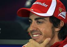 """<p>Fernando Alonso, da Espanhao, em coletiva de imprensa antes do Grande Prêmio Australiano do final de semana, em Melbourne. Alonso espera o surgimento de uma """"nova Fórmula 1"""" no Grande Prêmio da Austrália de domingo, que abre uma temporada em que a mudança de fornecedor de pneus vai forçar as equipes a reescreverem totalmente suas estratégias de corrida. 24/03/2011 REUTERS/Scott Wensley</p>"""