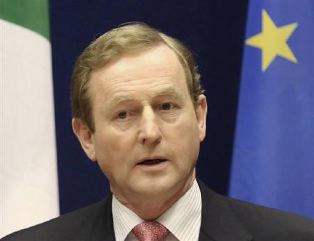 Ireland's Prime Minister Enda Kenny holds a news conference at the end of a two-day European Union leaders summit in Brussels March 25, 2011.   REUTERS/Eric Vidal/Files