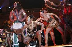 <p>Dancers perform during the Broadway production of 'Fela!', a dance musical in honour of Nigerian musician Fela Kuti, in Lagos April 14, 2011. REUTERS/Akintunde Akinleye</p>