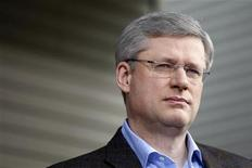 <p>Conservative leader and Canada's Prime Minister Stephen Harper listens to a question during a campaign stop in Saanich, British Columbia March 28, 2011. REUTERS/Chris Wattie</p>