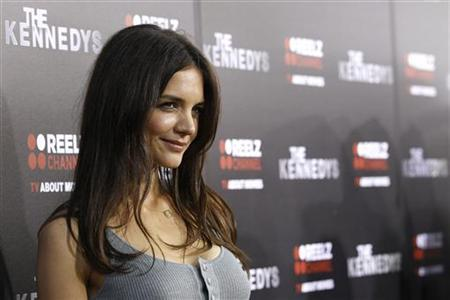 Cast member Katie Holmes poses at the premiere of the television series ''The Kennedys'' at the Samuel Goldwyn theatre in Beverly Hills, California March 28, 2011. REUTERS/Mario Anzuoni