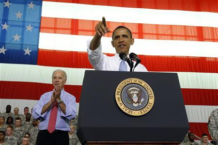 President Barack Obama speaks to troops at Fort Campbell in Kentucky May 6, 2011. REUTERS/Kevin Lamarque