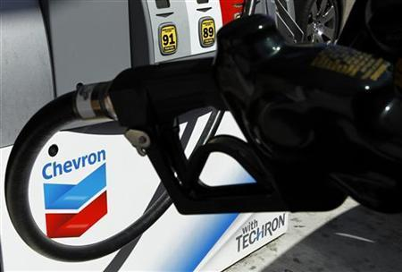 A Chevron gas pump is shown at a Chevron gas station in Encinitas, California April 28, 2011. Chevron Corporation will announce first quarter earnings on April 29. REUTERS/Mike Blake