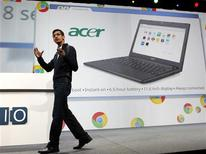 <p>Sundar Pichai, responsable de Chrome chez Google. Les ordinateurs portables de Samsung et Acer fonctionnant avec le système d'exploitation Chrome de Google seront commercialisés en juin. /Photo prise le 11 mai 2011/REUTERS/Beck Diefenbach</p>