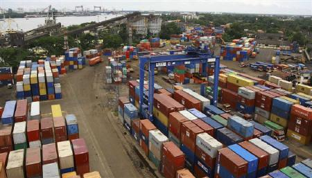 Shipping containers stand stacked at the Container Terminal at the Cochin Port on Willingdon Island in Kerala July 27, 2009. REUTERS/Sivaram V/Files