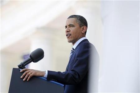 U.S. President Barack Obama speaks during Memorial Day ceremonies at Arlington Cemetery in Arlington, Virginia, May 30, 2011. REUTERS/Jonathan Ernst