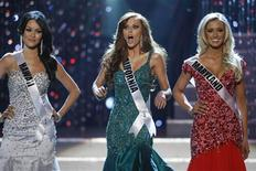 <p>Miss California Alyssa Campanella (C) reacts as she is chosen as the last of the final four finalists during the 2011 Miss USA pageant in the Theatre for the Performing Arts at Planet Hollywood Hotel and Casino in Las Vegas, Nevada, June 19, 2011. REUTERS/STEVE MARCUS</p>