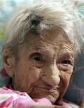 Maria Gomes Valentim, de 114 anos, em sua cama em Carangola (MG), em maio. A mineira que foi declarada a pessoa mais velha do mundo pelo Guinness World Records morreu na madrugada desta terça-feira, informou o hospital onde ela estava internada. 19/05/2011 REUTERS/Ana Carolina Fernandes
