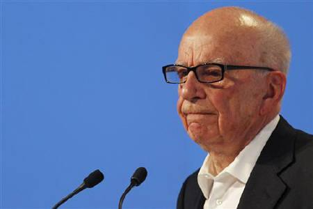 News Corporation CEO Rupert Murdoch attends the eG8 forum in Paris, May 24, 2011. REUTERS/Stephane Mahe/Files