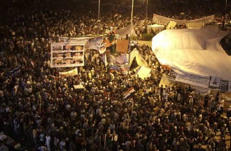 Protesters gather in Tahrir Square in Cairo July 8, 2011. REUTERS/Asmaa Waguih