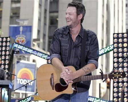 Singer Blake Shelton performs on NBC's ''Today'' show in New York July 8, 2011. REUTERS/Brendan McDermid