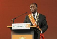 Ivory Coast President Alassane Ouattara speaks during his inauguration ceremony at the Felix Houphouet-Boigny Foundation in Yamoussoukro May 21, 2011.  REUTERS/Luc Gnago