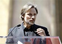 <p>Actor Viggo Mortensen speaks at a ceremony where actor Dennis Hopper was honored with a star on the Walk of Fame in Hollywood, California March 26, 2010. REUTERS/Mario Anzuoni</p>