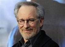 """Steven Spielberg na estreia mundial de """"Cowboys & Aliens""""  na convenção internacional Comic-Con, em San Diego. No evento, Spielberg disse ao público que está trabalhando em um novo filme """"Jurassic Park - O Parque dos Dinossauros"""", para delírio de uma multidão na feira da cultura pop. 23/07/2011 REUTERS/Mike Blake"""