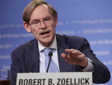 World Bank President Robert Zoellick speaks at a news conference during the spring International Monetary Fund (IMF)-World Bank meetings in Washington April 16, 2011. REUTERS/Yuri Gripas