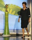 Presidente Dilma Rousseff no sorteio das eliminatórias da Copa do Mundo de 2014, no Rio de Janeiro. 30/07/2011 REUTERS/Sergio Moraes