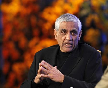 Vinod Khosla, founder of Khosla Ventures, speaks during the Fortune Brainstorm Green conference in Dana Point, California April 13, 2010. REUTERS/Mario Anzuoni
