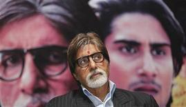 "<p>Bollywood actor Amitabh Bachchan attends a news conference to promote his forthcoming movie ""Aarakshan"" (reservation) in Kolkata July 27, 2011. REUTERS/Rupak De Chowdhuri</p>"