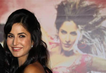 Bollywood actress Katrina Kaif smiles during a news conference of her forthcoming movie ''Tees Maar Khan'' in Kolkata December 11, 2010. REUTERS/Rupak De Chowdhuri/Files