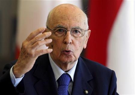 Italian President Giorgio Napolitano answers questions from journalists during a news conference after his meeting with Croatian President Ivo Josipovic in Zagreb July 14, 2011. REUTERS/Nikola Solic