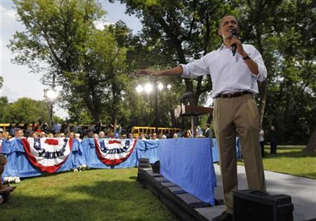 U.S. President Barack Obama speaks during a town hall-style meeting in Cannon Falls, Minnesota August 15, 2011. REUTERS/Jason Reed