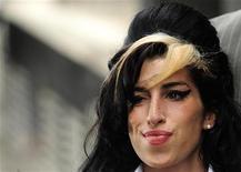 A cantora britânica Amy Winehouse em foto de julho de 2007, em Londres. Os resultados do exames toxiológicos não conseguiram esclarecer o motivo da morte da artista. 24/07/2009 REUTERS/Toby Melville