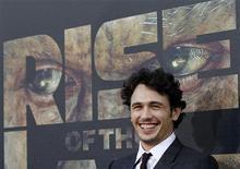 """Ator James Franco na estreia de """"Planeta dos Macacos: A Origem"""", em Hollywood, em julho. 28/08/2011  REUTERS/Mario Anzuoni"""