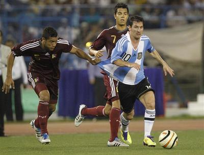 Messi enthralls Kolkata