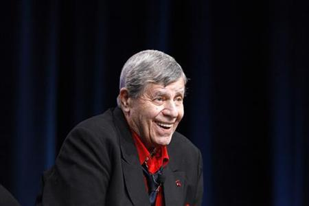 Actor and comedian Jerry Lewis attends the encore session for ''The Method to the Madness of Jerry Lewis'' at the 2011 Summer Television Critics Association Cable Press Tour in Beverly Hills, California July 29, 2011. REUTERS/Mario Anzuoni