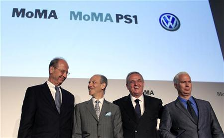 Glenn D. Lowry (2nd from L) Director of the Museum of Modern Art (MOMA) stands with Hans Dieter Potsch, (L) Member of the Board of Volkswagen Group, Martin Winterkorn, CEO of Volkswagen Group (2nd from R) and Klaus Biesenbach, Chief Curator at Large for MOMA at a news conference in New York, May 23, 2011. REUTERS/Mike Segar