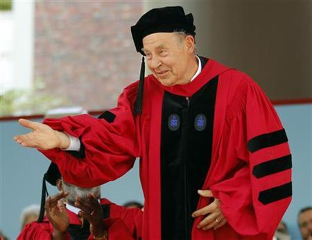 Nobel laureate Dudley Herschbach acknowledges the audience as he receives an honorary Doctor of Science degree during the 360th Commencement Exercises at Harvard University in Cambridge, Massachusetts May 26, 2011. REUTERS/Brian Snyder