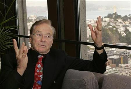 Venture capitalist Tom Perkins, founding partner of Kleiner Perkins Caufield and Byers, makes a point during an interview at his office in San Francisco, California, November 13, 2007. REUTERS/Robert Galbraith