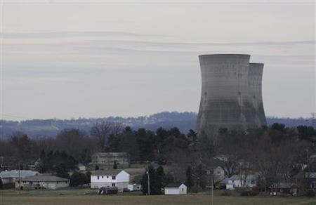 A general view shows houses of residents near the Three Mile Island nuclear power plant in Middletown, Pennsylvania March 15, 2011. REUTERS/Jonathan Ernst
