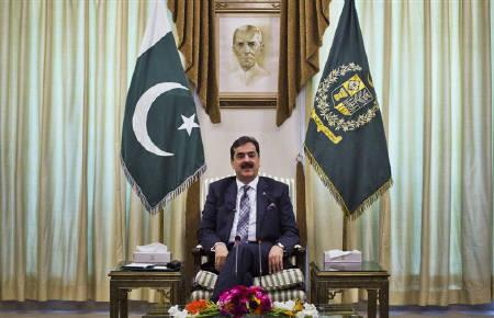 Pakistan's Prime Minister Yusuf Raza Gilani meets with the U.S. delegation including U.S. Senator John Kerry (D-MA) during their visit to Islamabad at the prime minister's residence May 16, 2011. REUTERS/Mian Khursheed/Files