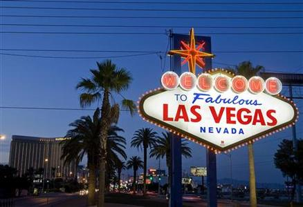 The ''Welcome to Fabulous Las Vegas'' sign is seen in Las Vegas, Nevada, September 10, 2011. REUTERS/Las Vegas Sun/Steve Marcus