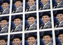 <p>The 42-cent First-Class Frank Sinatra commemorative stamps are seen in New York May 13, 2008. REUTERS/Shannon Stapleton</p>
