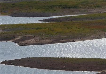 A general view of Lake Travis as water recedes during a drought in Austin, Texas September 10, 2011. REUTERS/Joshua Lott
